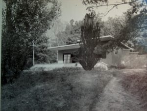 Jacques Viénot's country house, built in 1928 in Senlisse, Yvelines (outside Paris), from Henri'sViénot's family photo albums