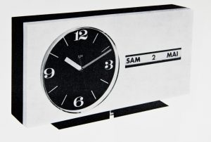 Pendule calendrier RL 20, Sélection Salon des Arts ménagers, Formes Utiles, revue Design Industrie 90-91, mai-juillet 1968