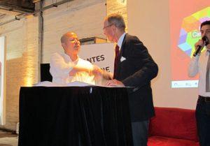 Renouvellement de l'accord de partenariat avec l'Université de Shanghai Yang Jian Ping, vice-doyen de la faculté des Beaux-Arts de l'Université de Shanghai et Michel Michenko, président de L'École - 14/09/2012
