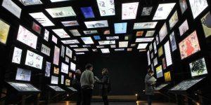 dans-la-galerie-de-limaginaire-chacun-peut-realiser-son-exposition-melant-art-parietal-et-art-moderne