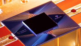 Une vue du circuit supraconducteur utilisé par Google. © F. Arute et al/Nature 2019