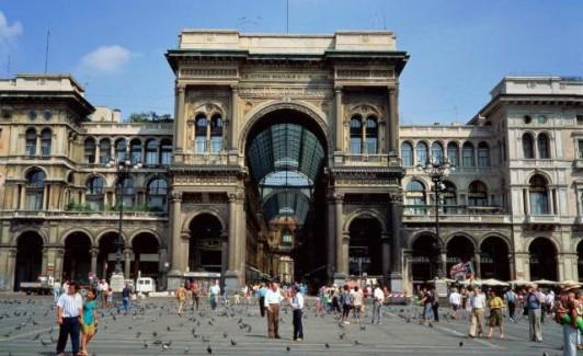 Entrée de la galerie Vittorio Emanuele II